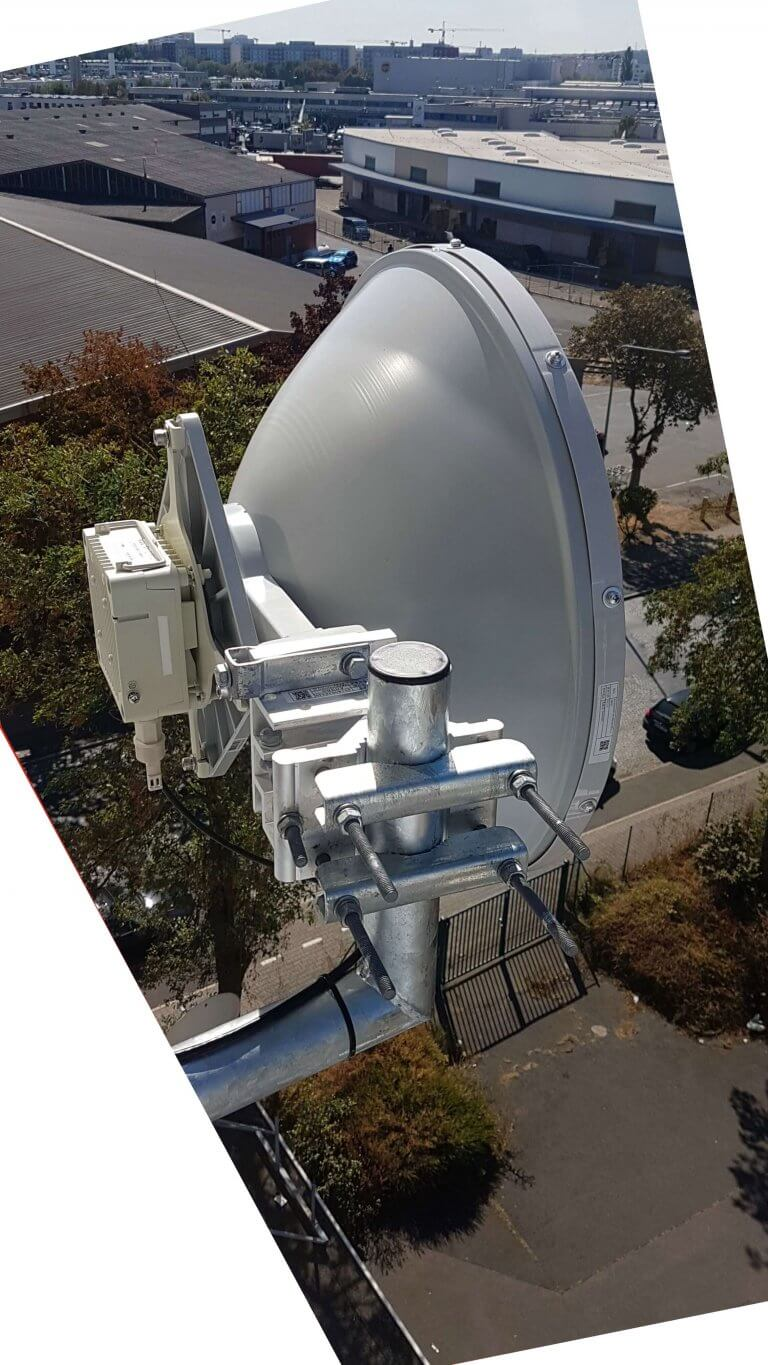 Siklu-EH600T-2ft-60GHz-Wandmontage