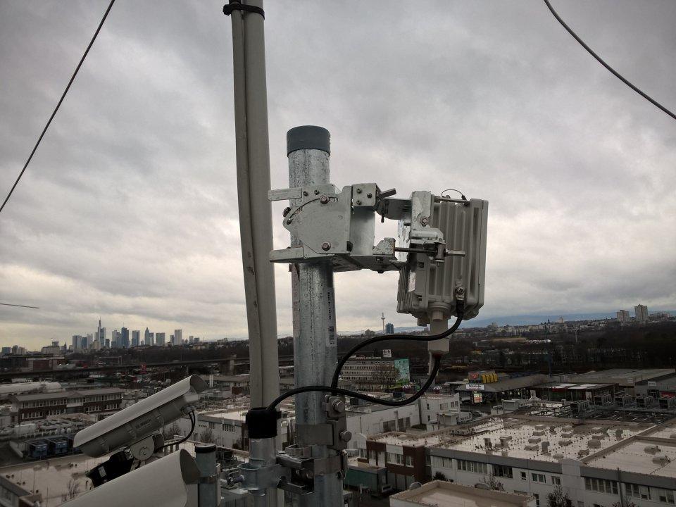 Siklu EH-500TX Mastmontage